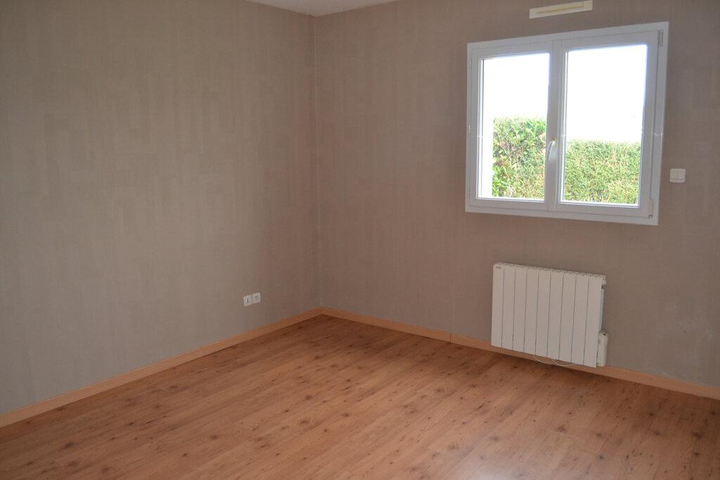 Maison à vendre 6 170m2 à Louannec vignette-6