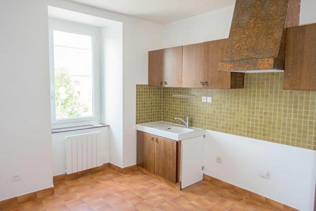 Appartement à louer 5 91.7m2 à Penvénan vignette-2