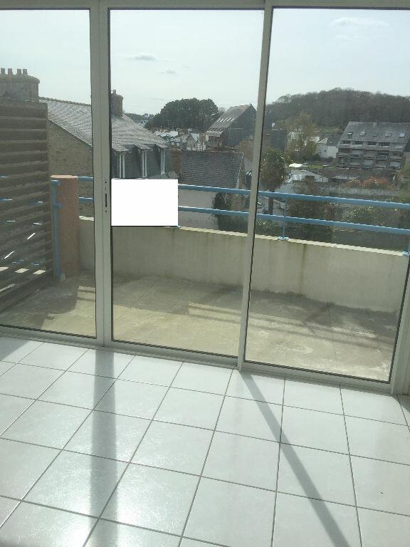 Appartement à louer 3 54m2 à Perros-Guirec vignette-1
