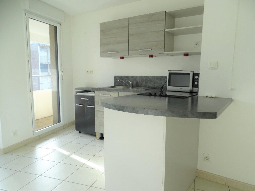 Appartement à vendre 3 55m2 à Perros-Guirec vignette-2