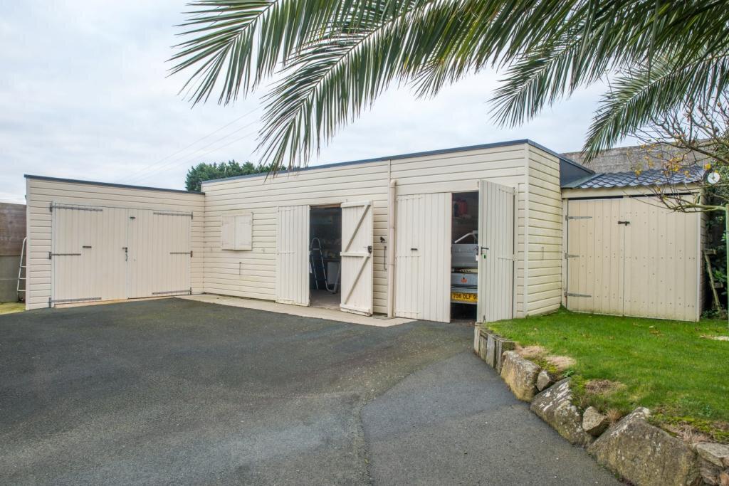 Maison à vendre 8 263m2 à Plougrescant vignette-18