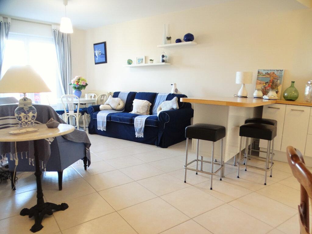 Appartement à vendre 2 46m2 à Perros-Guirec vignette-2