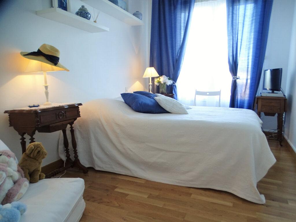Appartement à vendre 2 46m2 à Perros-Guirec vignette-3