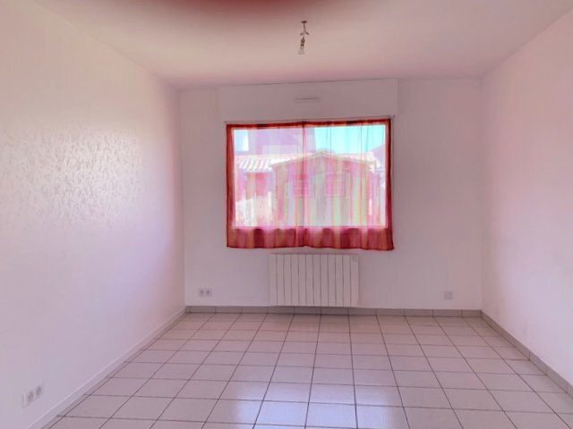 Maison à louer 5 84.45m2 à Plougrescant vignette-3