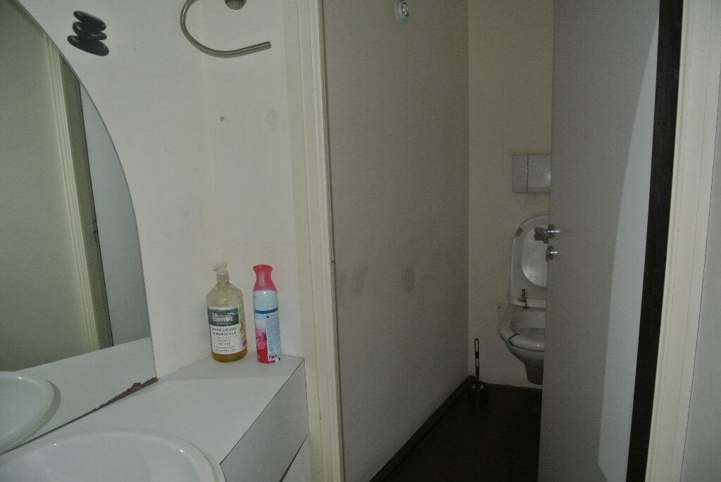Appartement à vendre 3 145m2 à Lannion vignette-11