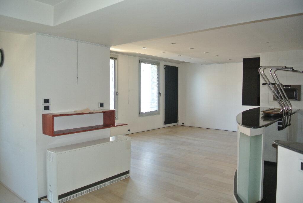 Appartement à vendre 3 145m2 à Lannion vignette-12