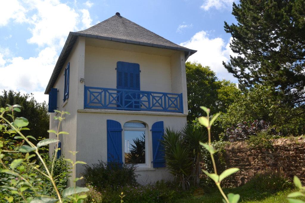 Maison à vendre 3 65m2 à Perros-Guirec vignette-1