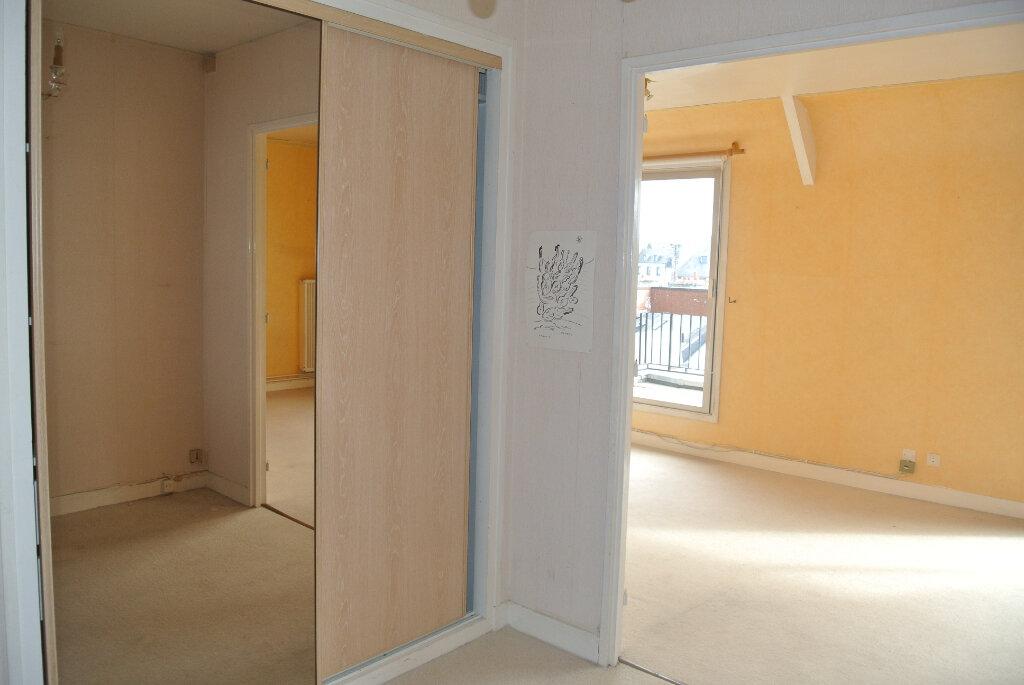 Appartement à vendre 4 85m2 à Lannion vignette-3