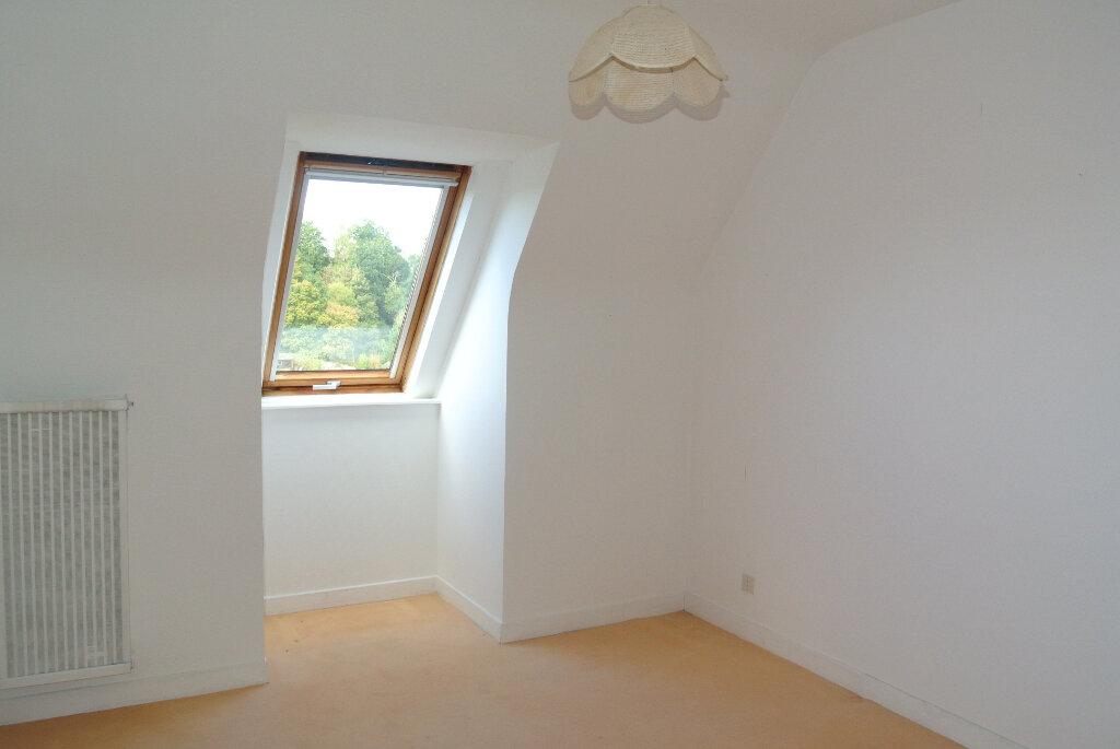 Appartement à vendre 4 85m2 à Lannion vignette-4