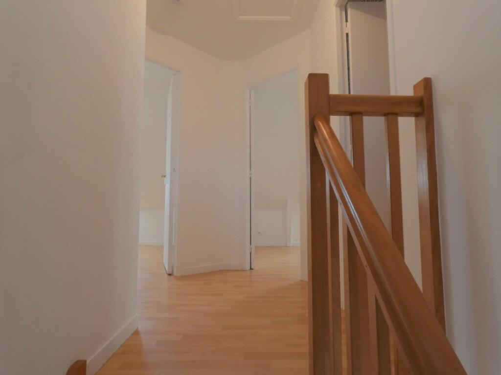 Maison à vendre 5 109m2 à Perros-Guirec vignette-7