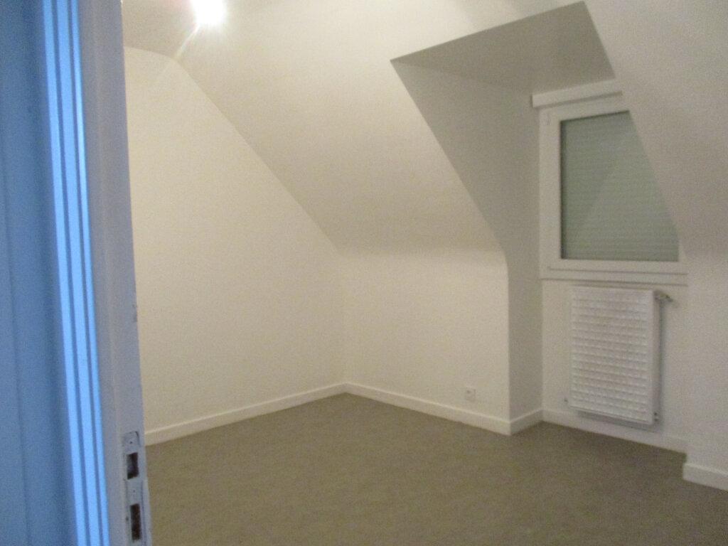 Maison à louer 5 120.15m2 à Lannion vignette-8