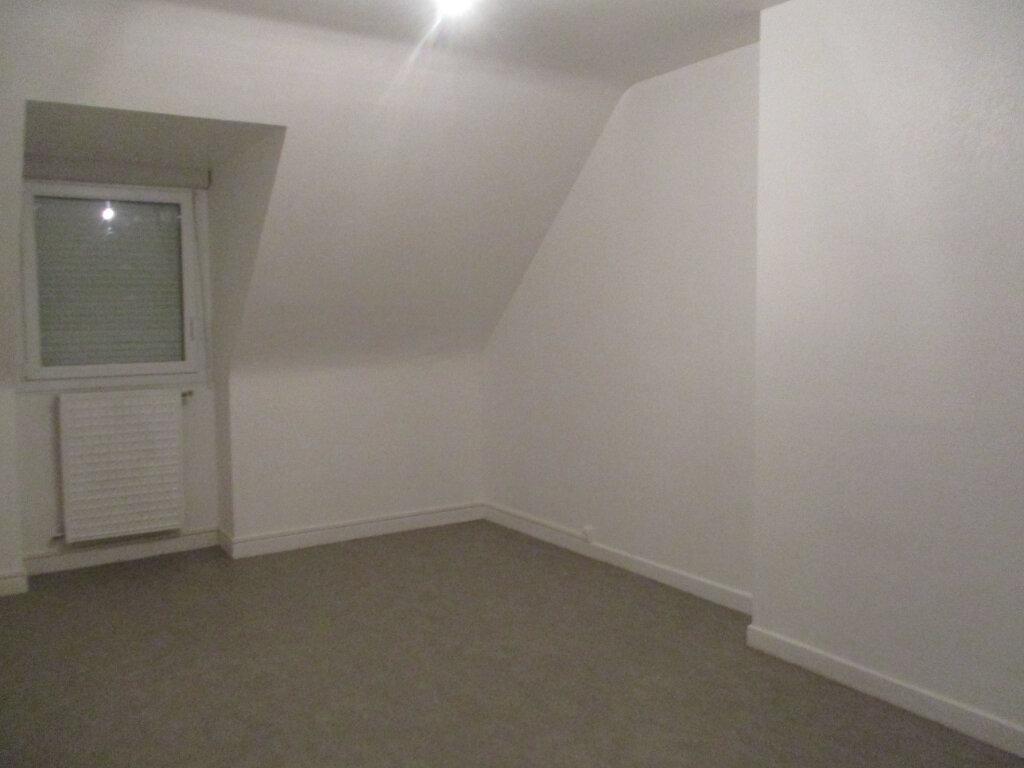 Maison à louer 5 120.15m2 à Lannion vignette-10