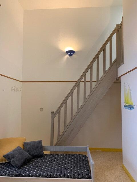 Appartement à louer 3 48.28m2 à Tréguier vignette-2
