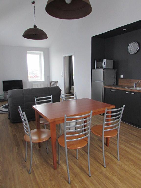 Appartement à louer 2 51.8m2 à Trébeurden vignette-3