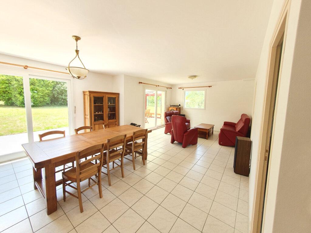 Maison à vendre 8 170m2 à Pleumeur-Bodou vignette-2