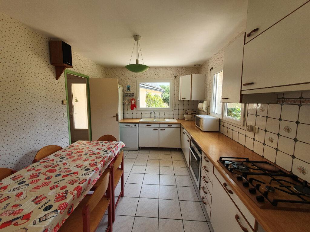 Maison à vendre 8 170m2 à Pleumeur-Bodou vignette-6
