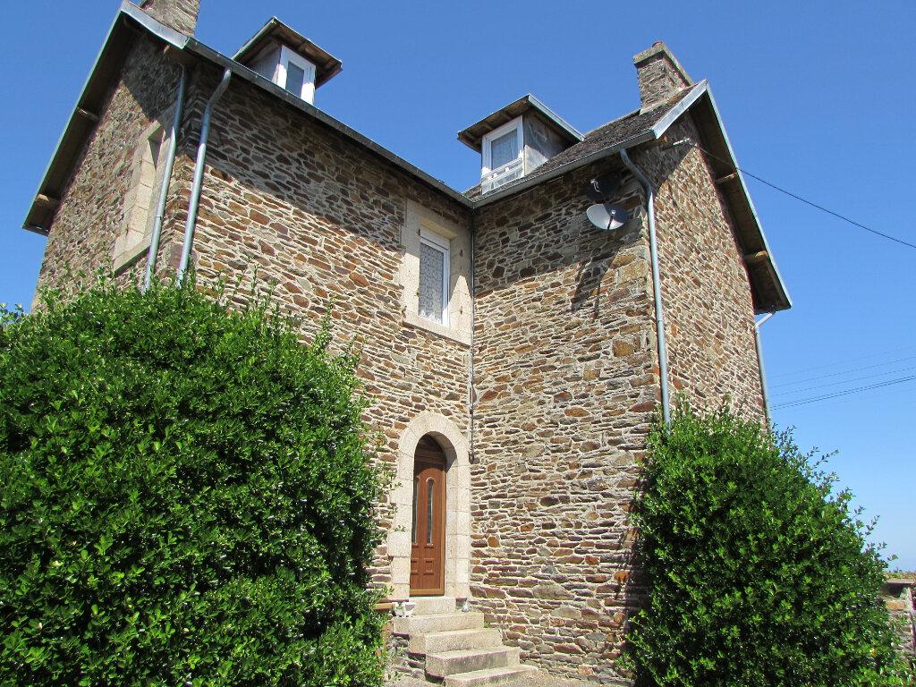 Maison à vendre 8 118m2 à Plestin-les-Grèves vignette-1