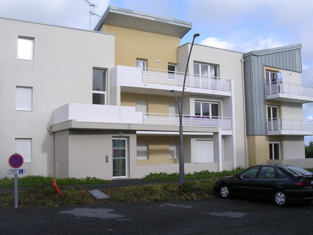 Appartement à louer 3 53m2 à Pleumeur-Bodou vignette-1