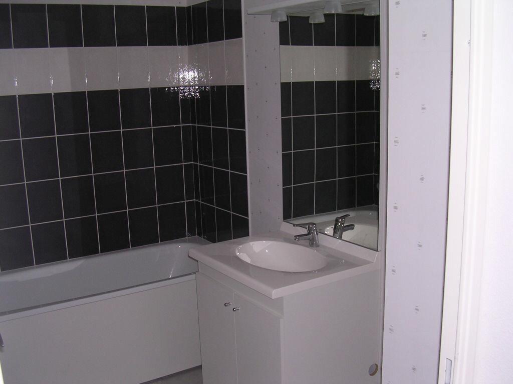 Appartement à louer 3 53m2 à Pleumeur-Bodou vignette-10