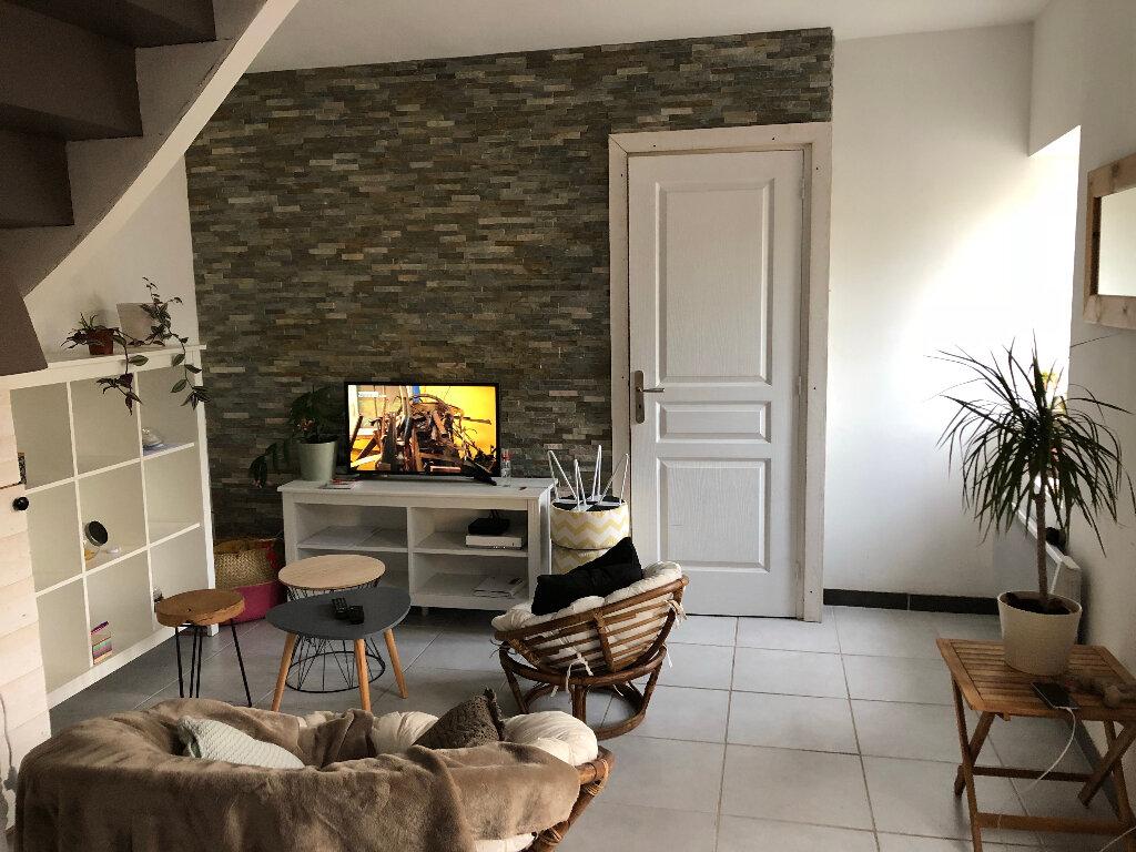 Maison à louer 3 47m2 à Pleumeur-Bodou vignette-1