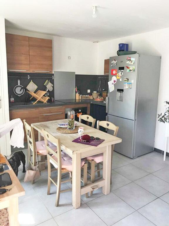 Maison à louer 3 47m2 à Pleumeur-Bodou vignette-3