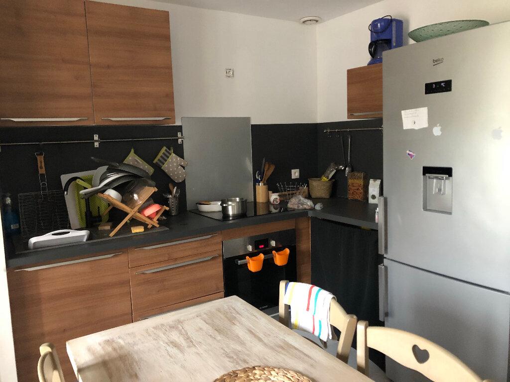 Maison à louer 3 47m2 à Pleumeur-Bodou vignette-4