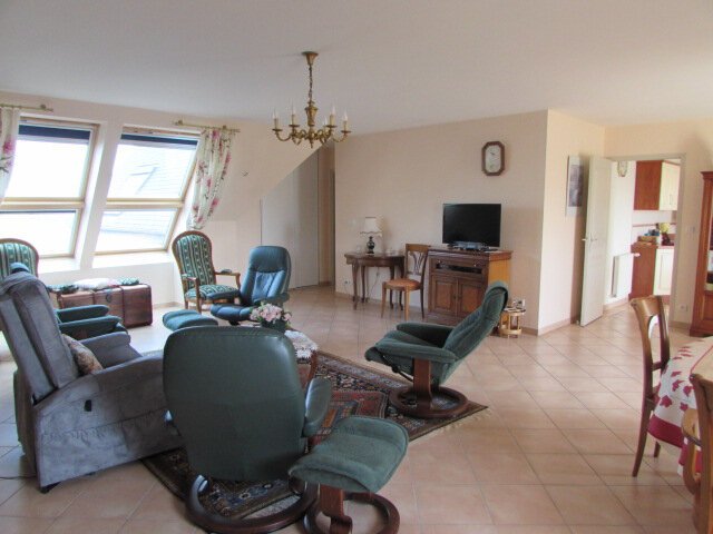 Appartement à vendre 3 92.85m2 à Lannion vignette-1