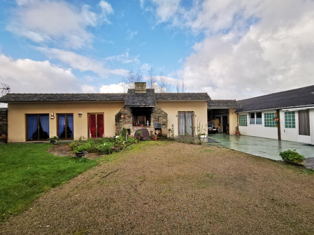 Maison à vendre 12 240m2 à Locquirec vignette-1
