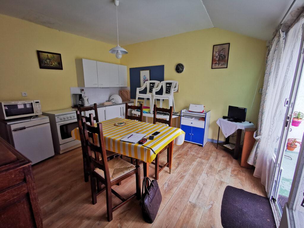 Maison à vendre 12 240m2 à Locquirec vignette-11