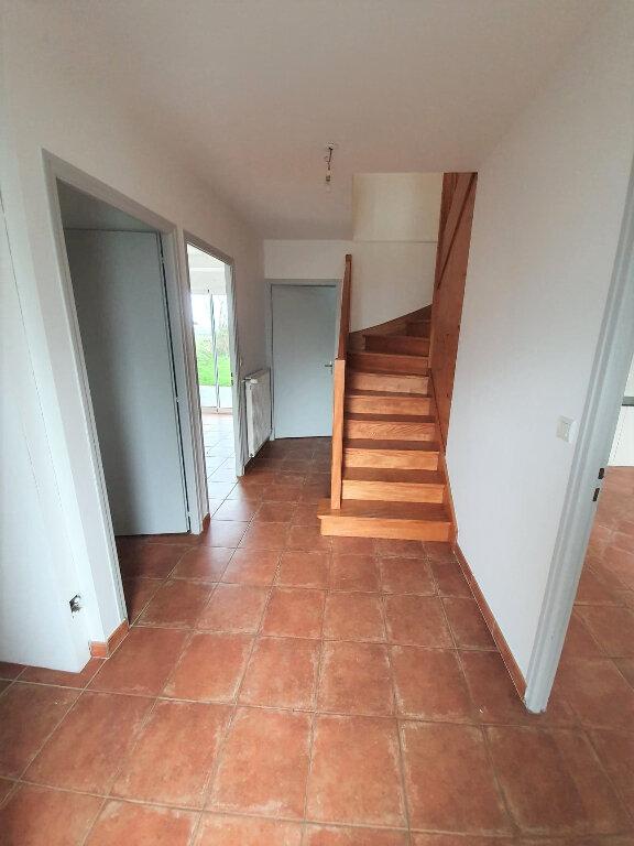 Maison à louer 4 90.5m2 à Trélévern vignette-9