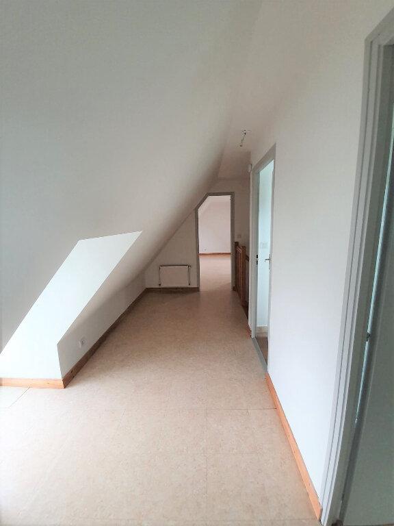 Maison à louer 4 90.5m2 à Trélévern vignette-10