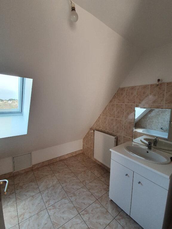 Maison à louer 4 90.5m2 à Trélévern vignette-12