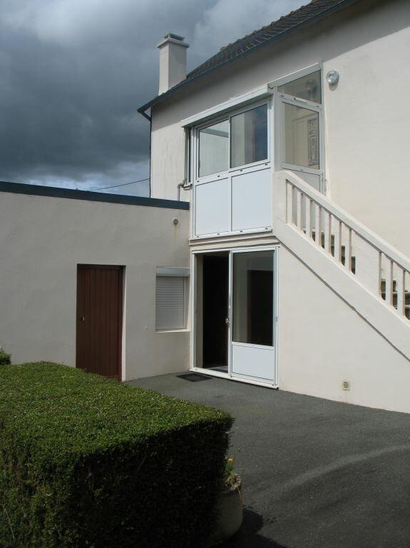 Maison à louer 4 80m2 à Maël-Carhaix vignette-1