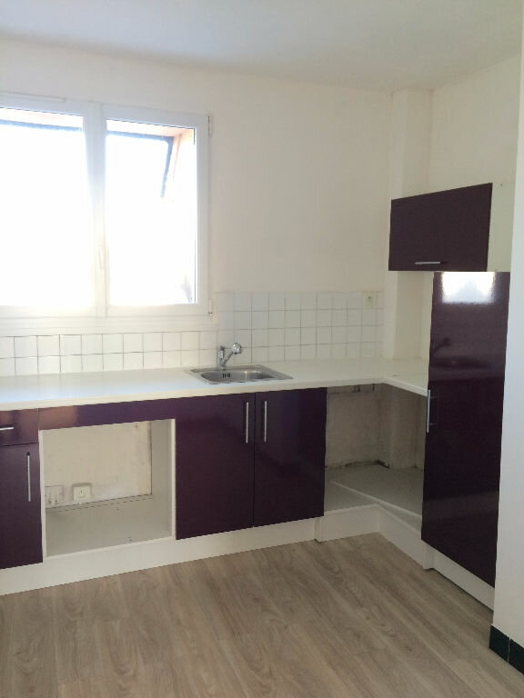 Appartement à vendre 4 73m2 à Gourin vignette-1