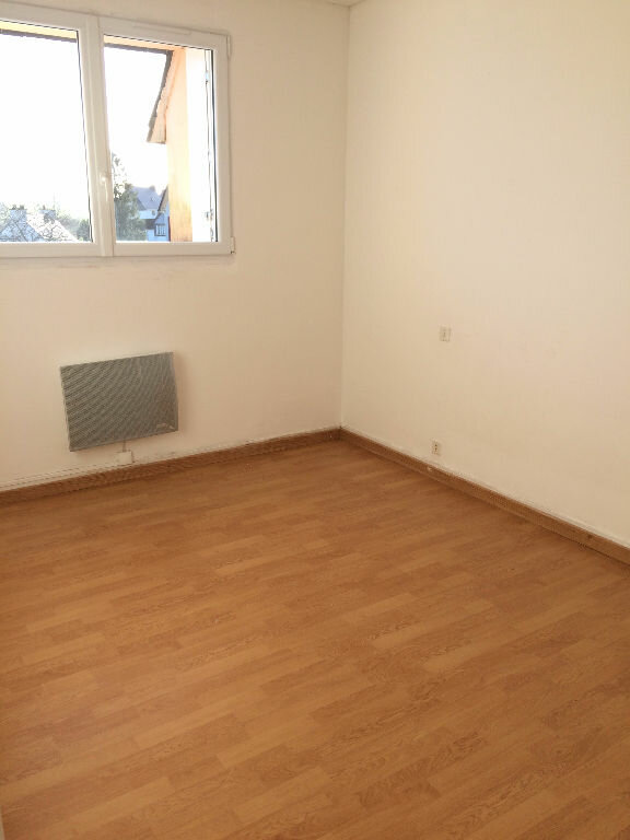 Appartement à vendre 4 73m2 à Gourin vignette-2