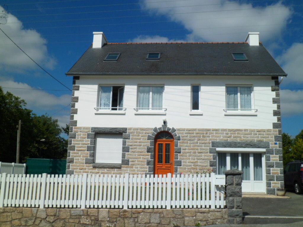Maison à vendre 10 173.3m2 à Rostrenen vignette-1