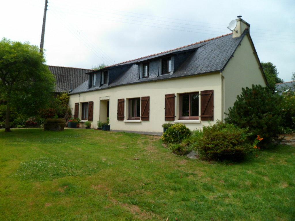 Maison à vendre 7 129m2 à Kergrist-Moëlou vignette-1