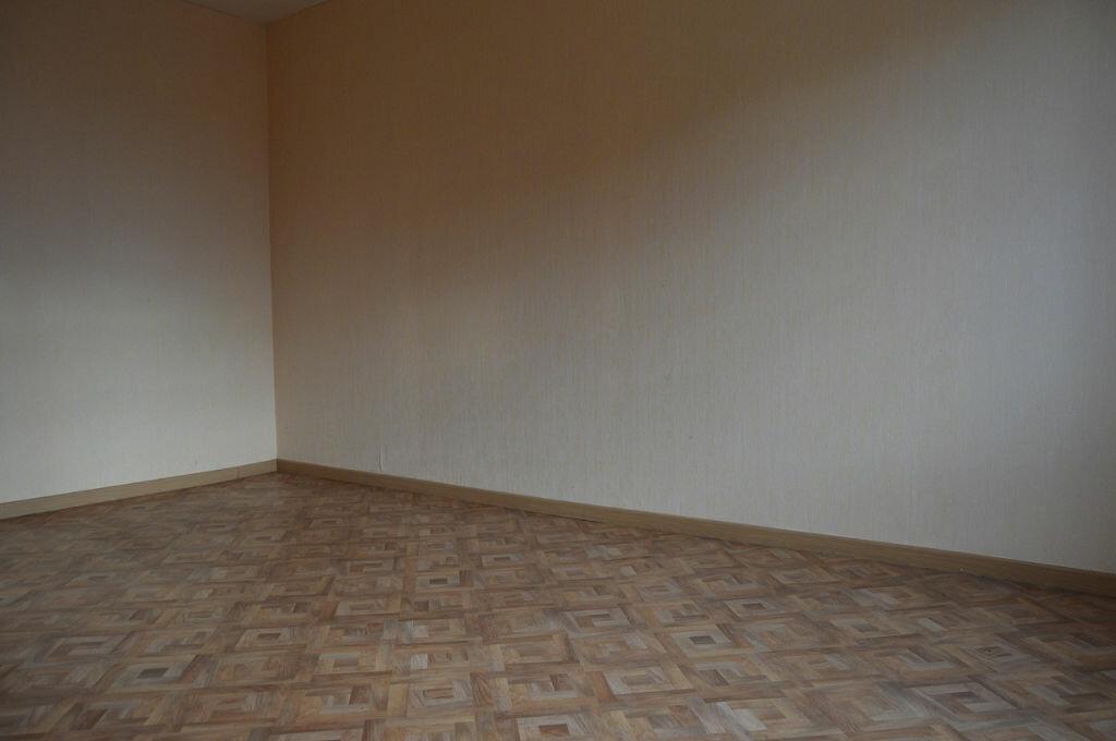 Maison à vendre 4 67m2 à Mellionnec vignette-6