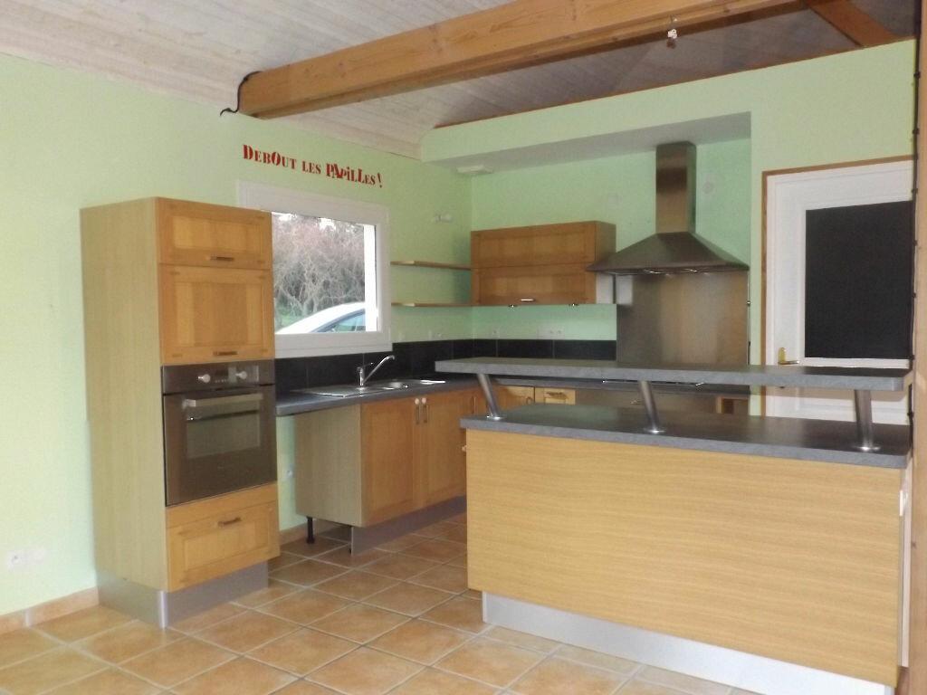 Maison à vendre 5 105m2 à Saint-Adrien vignette-3