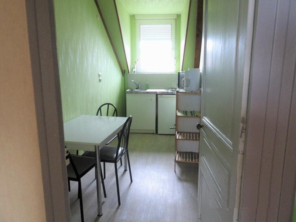 Appartement à vendre 4 58m2 à Guingamp vignette-1