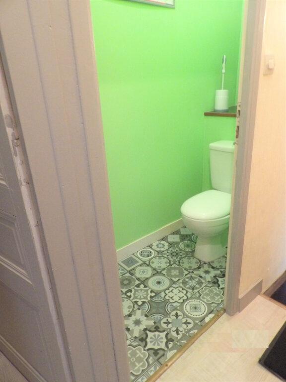 Appartement à vendre 4 58m2 à Guingamp vignette-7