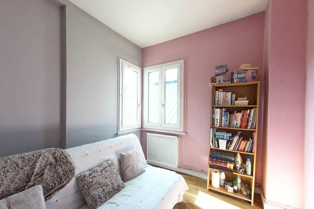 Appartement à vendre 4 78.6m2 à Guingamp vignette-4