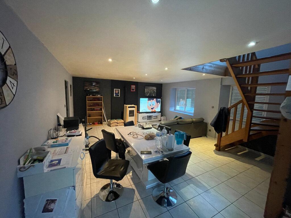 Maison à vendre 4 100.31m2 à Glomel vignette-2
