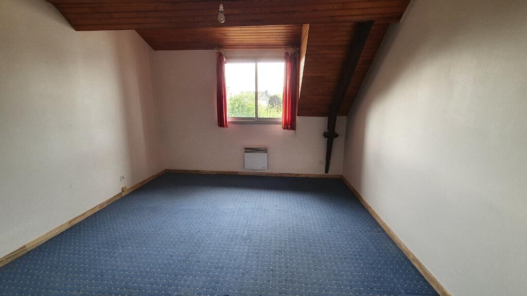 Appartement à louer 3 68m2 à Carhaix-Plouguer vignette-4