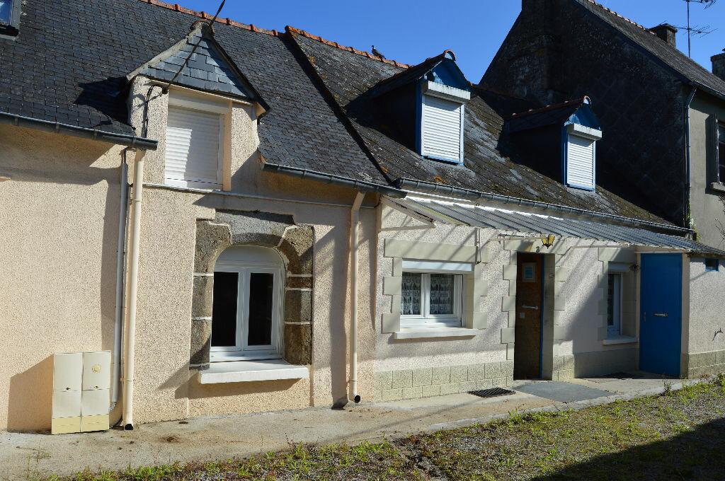 Maison à vendre 4 90.33m2 à Rostrenen vignette-1