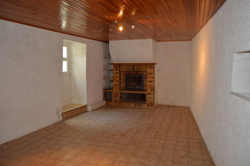 Maison à vendre 4 90.33m2 à Rostrenen vignette-3