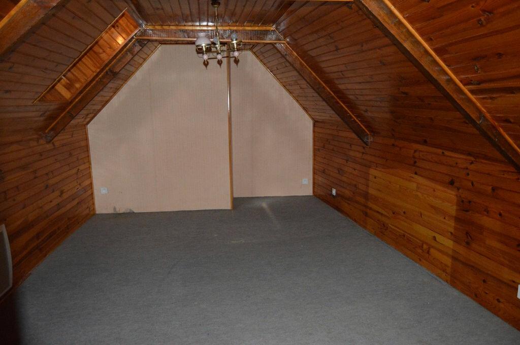 Maison à vendre 4 90.33m2 à Rostrenen vignette-5