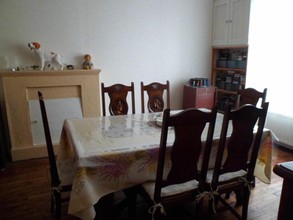 Maison à vendre 8 144m2 à Saint-Nicolas-du-Pélem vignette-2