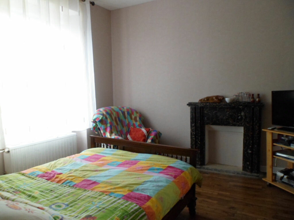 Maison à vendre 8 144m2 à Saint-Nicolas-du-Pélem vignette-3