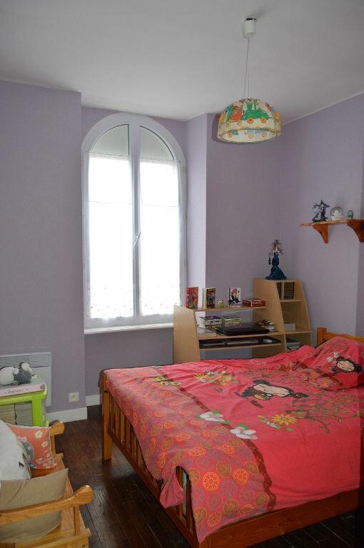 Maison à vendre 8 144m2 à Saint-Nicolas-du-Pélem vignette-4